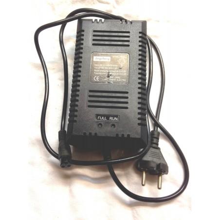 CHARGEUR POCKET MOTO ELECTRIQUE 36V
